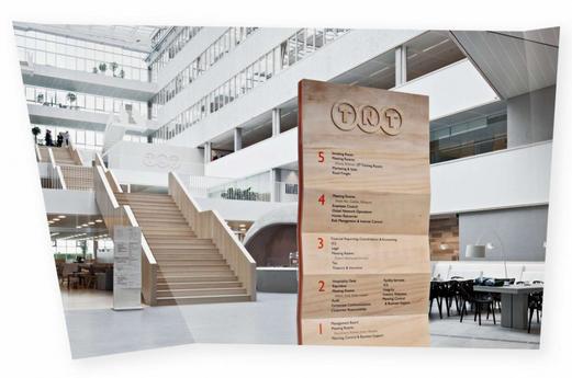 在进行导视系统设计工作的时候,上海导视系统设计公司的工作